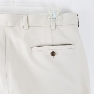 Brooks Brothers Clark Flat Front Khaki Pants 33x32